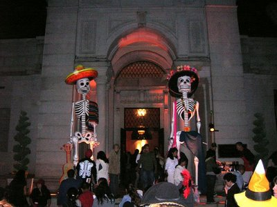 Gate keepers at the entrance to the main masoleum